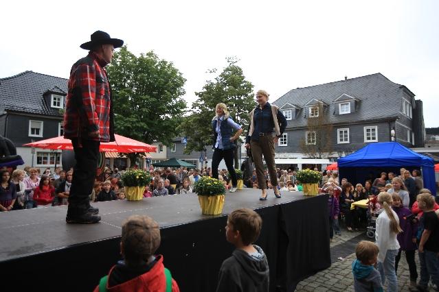 markplatzfest2011-199
