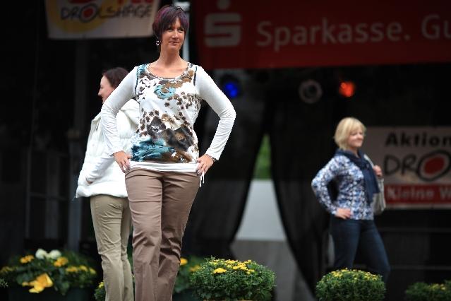 markplatzfest2011-296