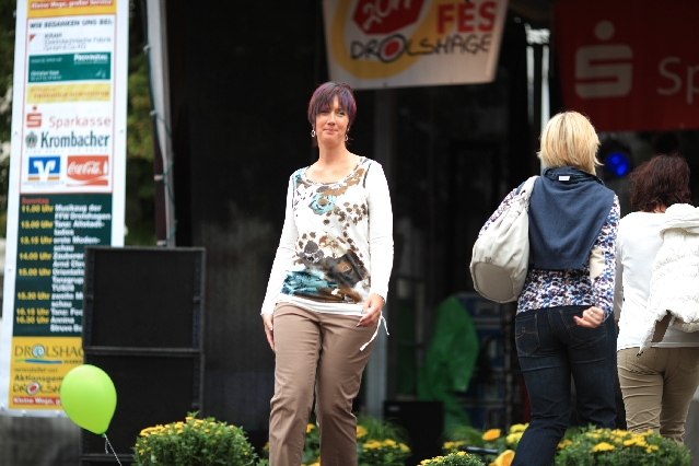 markplatzfest2011-299