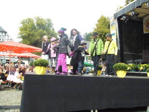 markplatzfest2011-318