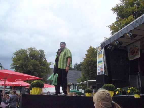 markplatzfest2011-327