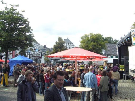 markplatzfest2011-336
