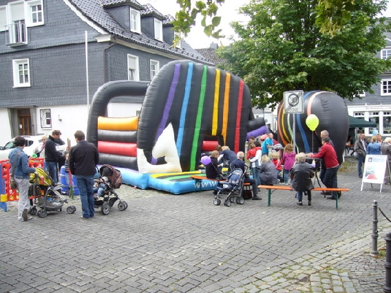 markplatzfest2011-338