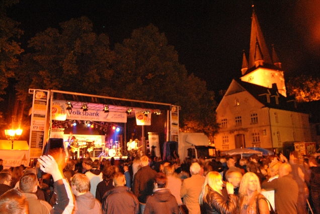markplatzfest2011-011
