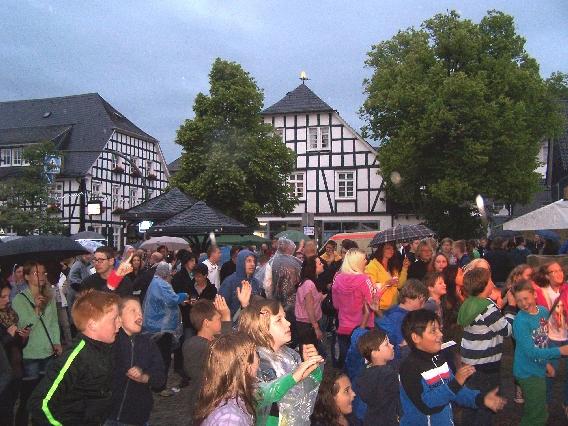 marktplatzfest2013-091