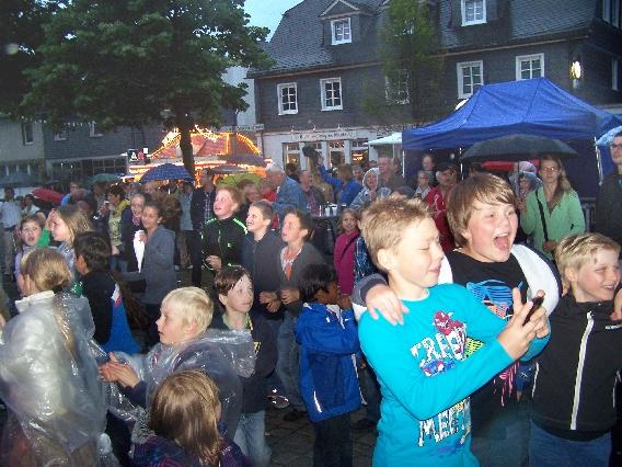 marktplatzfest2013-096