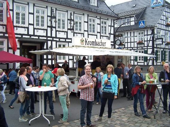 marktplatzfest2013-108