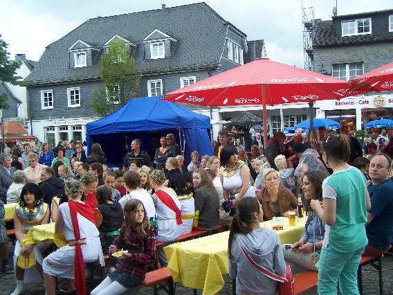 marktplatzfest2013-131